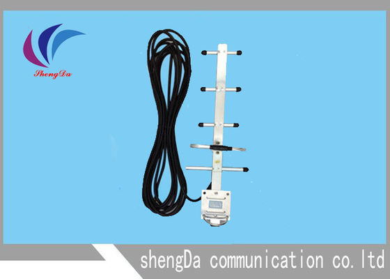 China Vertical Long Range Yagi Directional Antenna Wifi 824-900MHz  F Male Connector factory