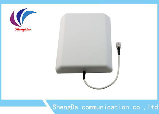 China Low PIM -140dBi DAS Wifi Panel Antenna 698-960 / 1710-2700MHz 8dBi Outdoor distributor